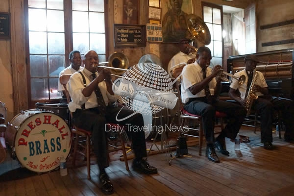 New Orleans: 1° city for food in the U.S. and a top 5 music destination in the world