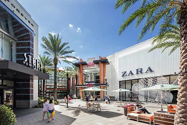 d32ca5463 The Florida Mall y Miami International Mall ofrecerán salones especiales